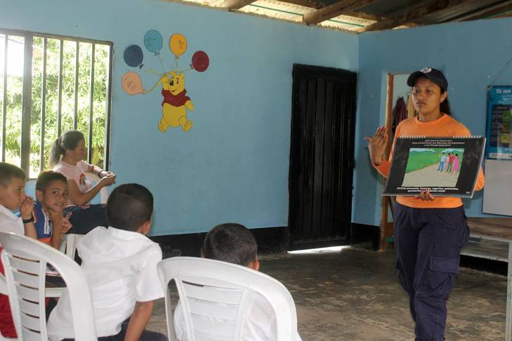 Mine risk education in Colombia