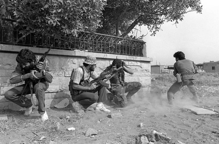 Civil war in Lebanon streets