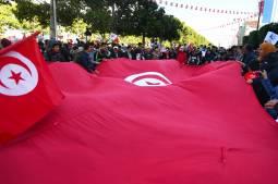 """Tunisie : le risque de la """"fuite en arrière"""", selon l'International Crisis Group"""