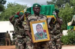Mali : après le Nord, le centre à son tour menacé