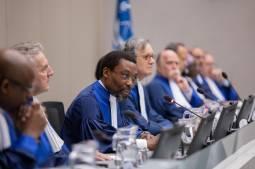 Les juges de la CPI sur le banc des accusés