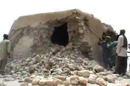 """Mosquées de Tombouctou : """"la CPI veut donner un signal"""", selon le professeur Sorel"""