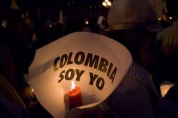 Colombia, FARC rebels sign key deal on victims