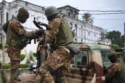 Mali: accusée de « meurtres extrajudiciaires », l'armée exige « des preuves »