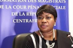"""Enquêtes sur la Centrafrique: """"Pas de concurrence entre la CPI et la Cour Pénale Spéciale"""", assure Mme Bensouda"""