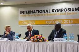 Soutien de magistrats africains à la CPI