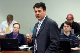 Mark Drumbl : « Le droit ne peut pas régler les pires problèmes auxquels nous faisons face »