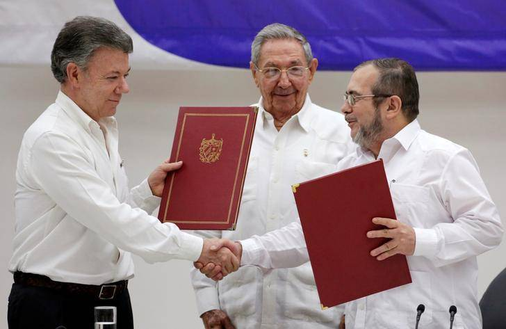 Colombia: Peace Pact a Key Opportunity to Curb Abuses