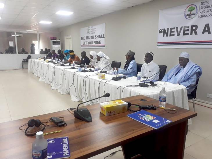 Vérités douloureuses devant la Commission vérité en Gambie