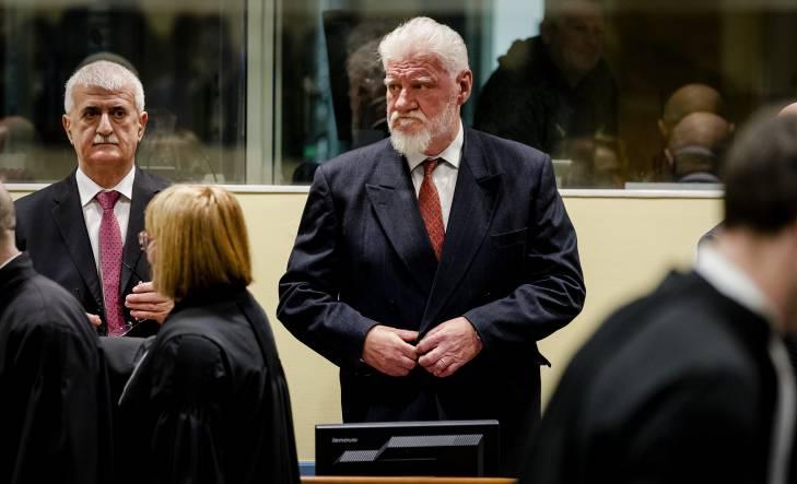 Le TPIY entaché par le suicide spectaculaire d'un accusé au crépuscule de son histoire