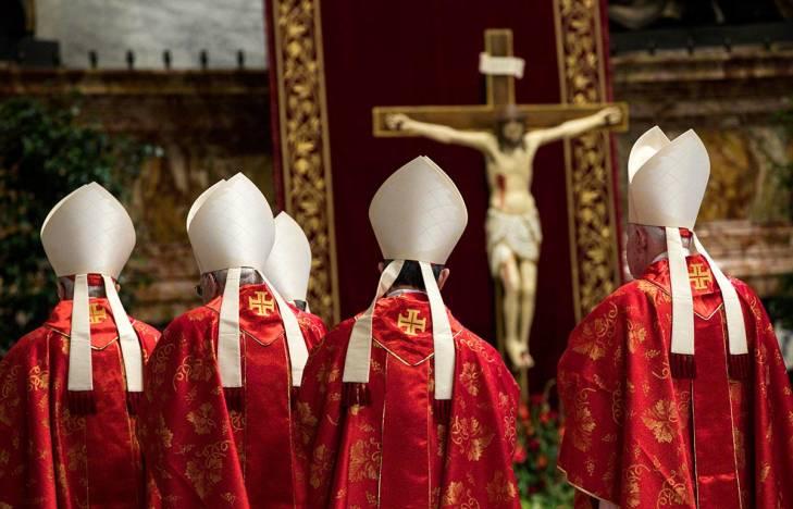 Abus sexuels dans l'Eglise : peut-on parler de crime contre l'humanité ?