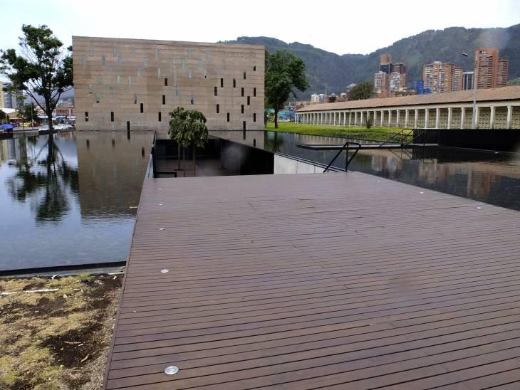 Bogota Centre pioneers remembrance in Colombia